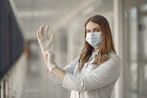 Δελτίο Τύπου -Υποχρεωτική χρήση μάσκας προστασίας & γάντια μιας χρήσης